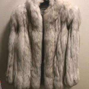 Saga Fox Fur ..*Gently Used